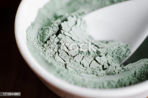 Quels sont les bienfaits de l'argile verte?